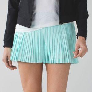 🆕 EUC Lululemon Pleat to Street Skirt II size 6